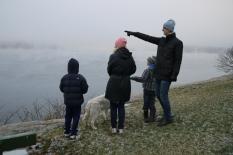 Kari Eng - Se hva som kommer der ute i tåkehavet!