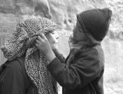 Kari Skodvin - Hodeplagg på beduinervis