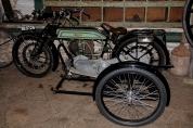 Benny Berget - Gammel motorsykkel