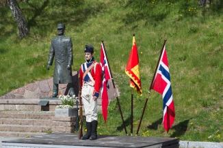 Tom Rolf Ingebretson - Gammelt eller nytt